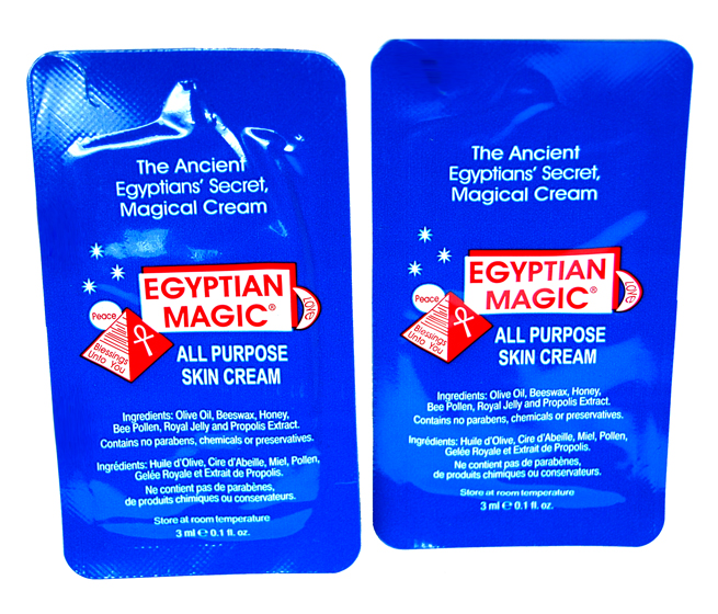 Zwei Proben Egyptian Magic Skin Cream.