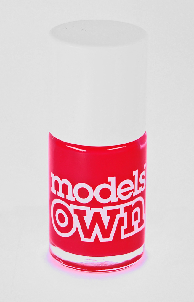 Nail Polish von Models Own.