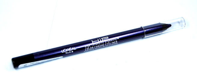 Der Hip Studio Secrets Professional Color Chrome Eyeliner von Loreal.