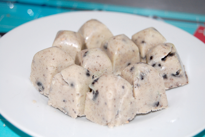 Das fertige Cookies & Cream Fudge.