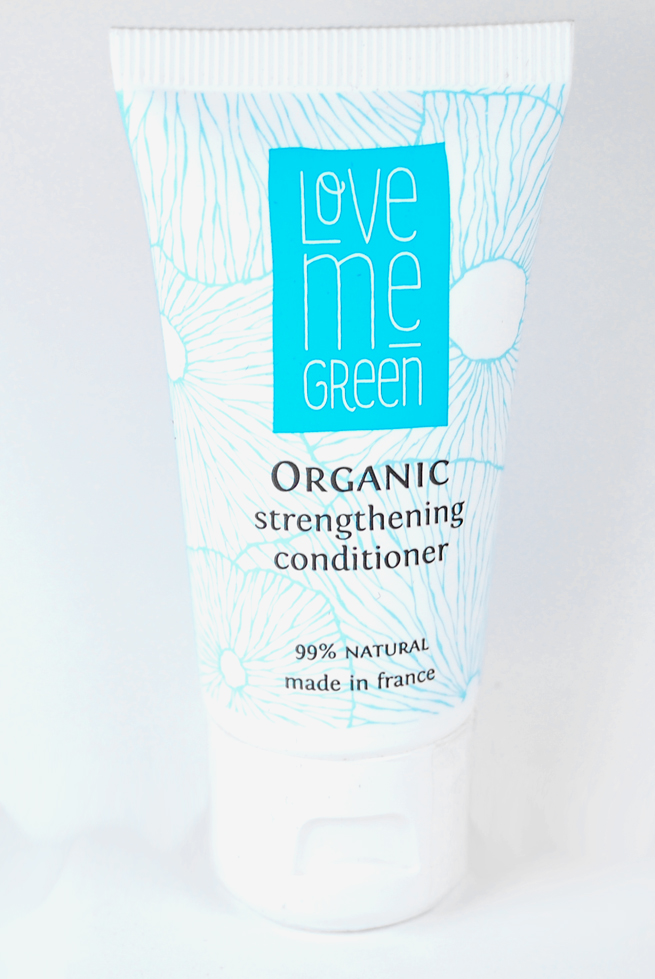 Der Organic Strengthening Conditioner von Love me green.