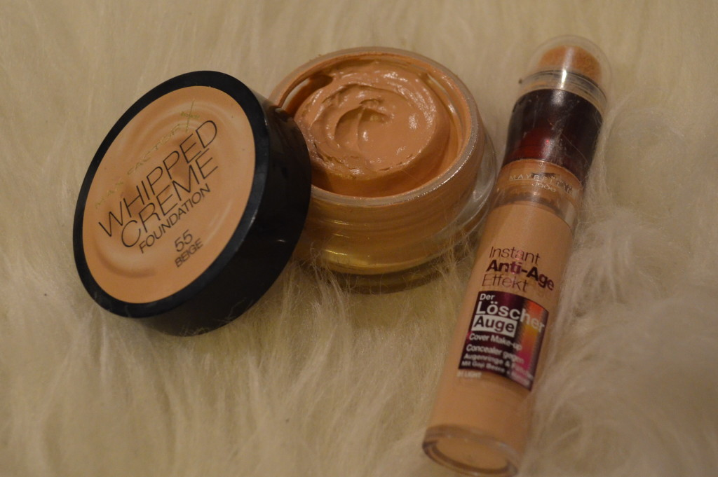 Max Factor Whipped Creme Foundation 55 Beige - 10,45€ / 18ml , Maybelline Jade Der Löscher Auge 01 Light - 9,95€ / 6,8ml
