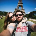 Junges Paar mit Mode aus Frankreich
